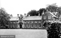Lampeter, Canterbury Buildings, St David's College c.1955