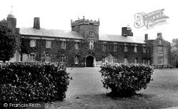 Lampeter, St David's College, Old Buildings c.1955