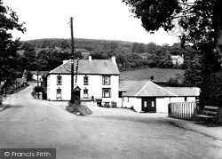Lampeter, The Railway Hotel c.1955