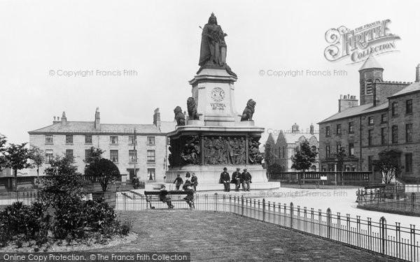 Lancaster, Queen Victoria Monument, Dalton Square 1912