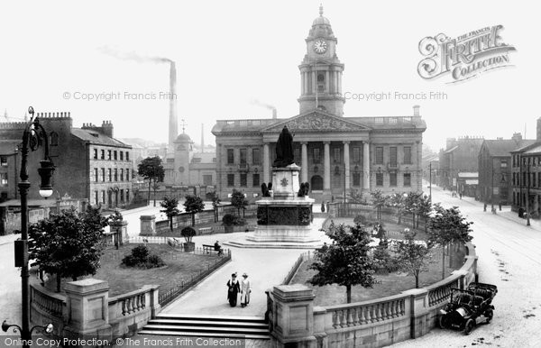 Lancaster, the Town Hall 1912