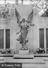 Lancaster, War Memorial 1925
