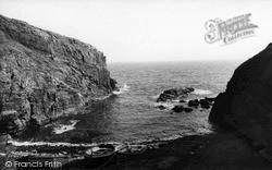 The Cove c.1960, Landewednack