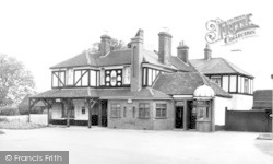 Langdon Hills, The Crown Hotel c.1960