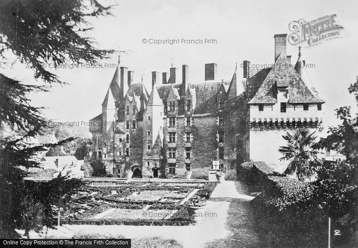 Photo of Langeais, Chateau De Langeais And Gardens c.1935