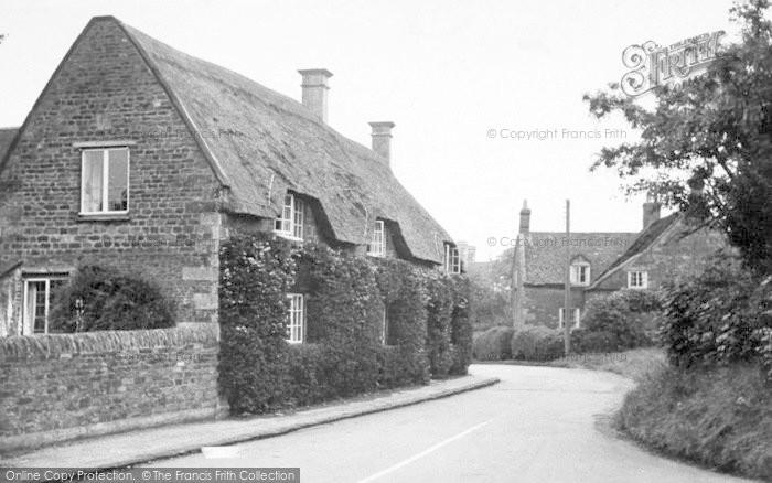 Photo of Langham, Middle Street c.1950