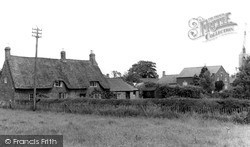 Langham, Old Cottage And Chapel c.1950