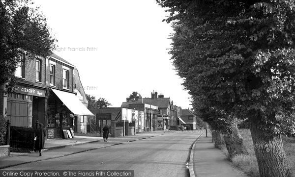 Photo of Langley, High Street c.1955
