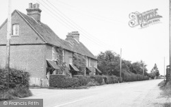 Langley, Manor Cottages c.1952