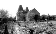Langley, Old Oast Houses c1955