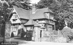 Rumwood Lodge c.1952, Langley