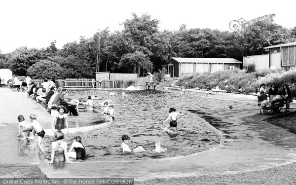 Photo of Langold, the Children's Swimming Pool c1955