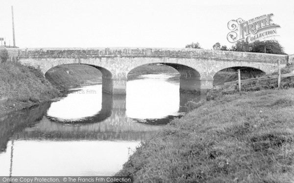 Photo of Langport, The Great Bow Bridge c.1955