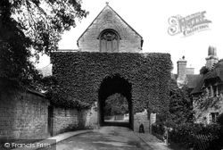 The Hanging Chapel 1906, Langport
