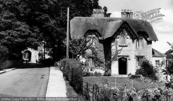 Photo of Langport, The Hanging Chapel And Old School House c.1960