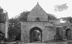 The Hanging Chapel c.1955, Langport
