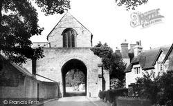 The Hanging Chapel c.1960, Langport