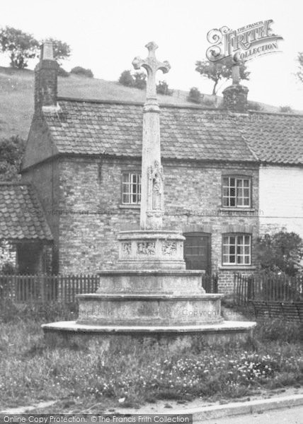 Photo of Langtoft, The Cross c.1955