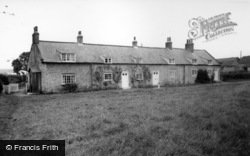 Langton, Cottages On The Green c.1960