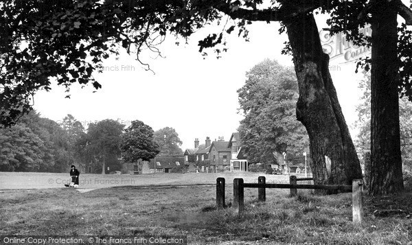 Photo of Langton Green, Village Green c.1950
