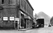 Langwith, High Street c1950