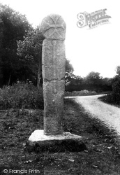 The Ancient Celtic Cross 1903, Lanlivery