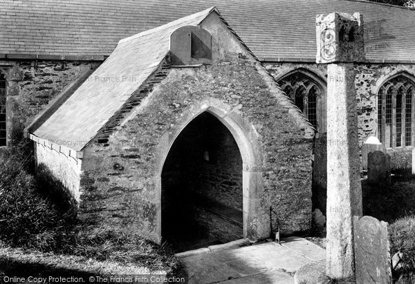 Photo of Lanteglos By Fowey,  Church Porch And Cross 1908