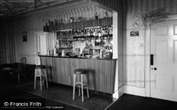 Laugharne, Glan Y Mor Sailing And Country Club, The Bar 1964