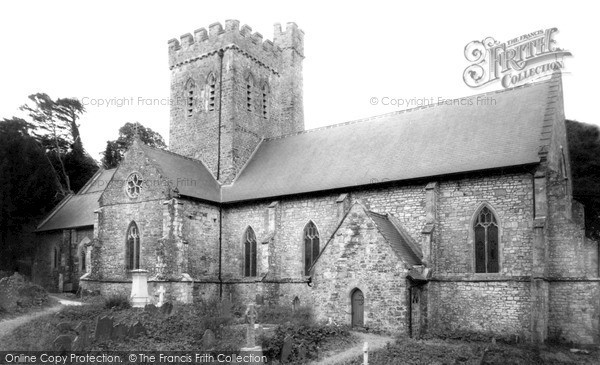 Photo of Laugharne, St Martin's Church c.1960