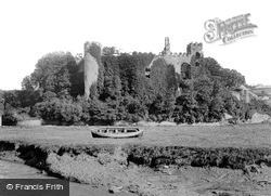 Laugharne, The Castle c.1931
