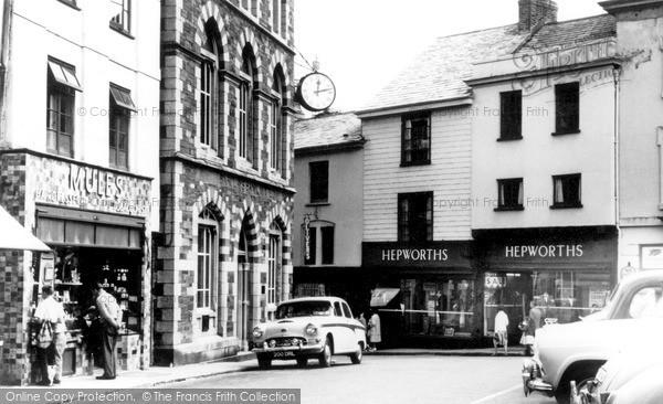Photo of Launceston, Broad Street And Square c.1960