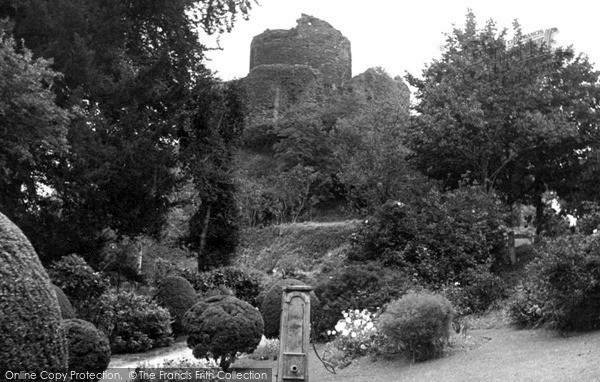 Photo of Launceston, Castle c.1955