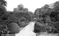 Launceston, Castle From The South-West 1890