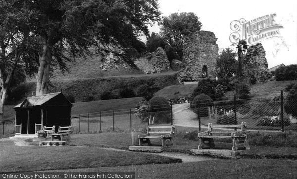 Photo of Launceston, Castle Grounds c.1960