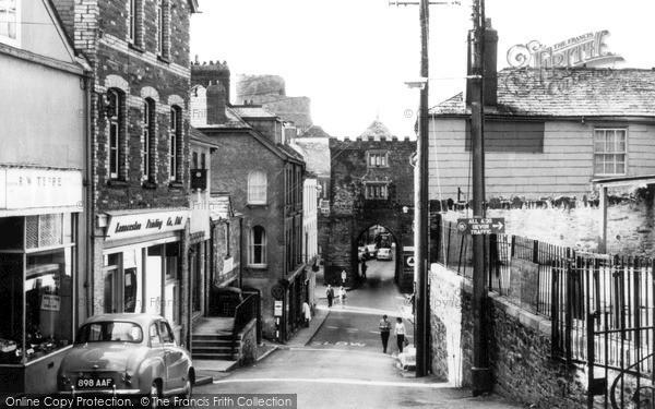 Photo of Launceston, Gateway c.1960