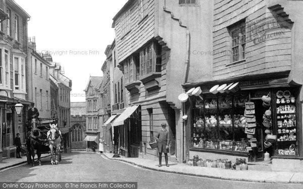 photo of launceston  shop in the high street 1906