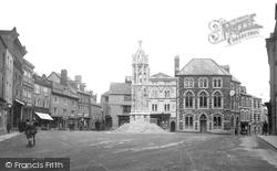 Launceston, Square And War Memorial c.1922