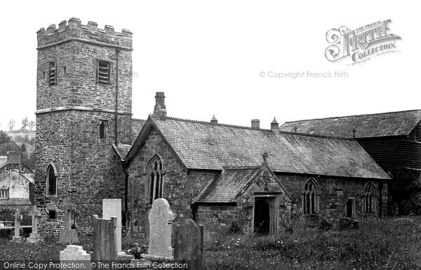 Photo of Launceston, St Thomas's Church c.1955