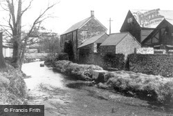 Launceston, The Old Water Wheel c.1955