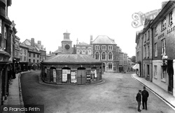 Launceston, The Square And Butter Market 1906