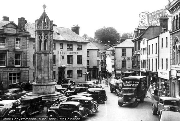 Photo of Launceston, The Square c.1950