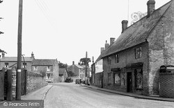 Lavendon, High Street 1952