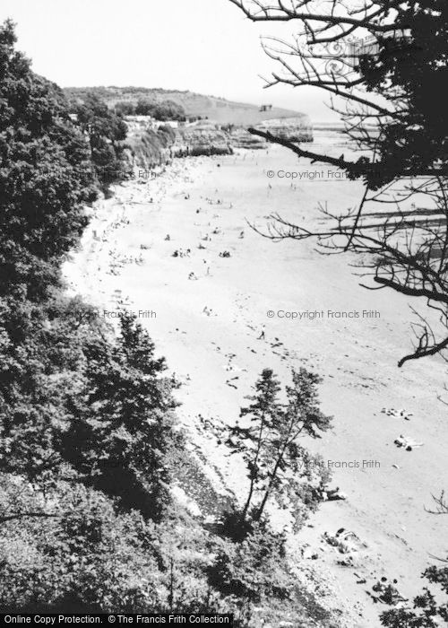 Photo of Lavernock, St Mary's Well Bay From The Kissing Gate c.1960