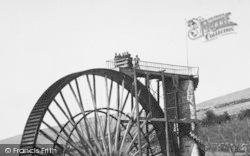 Laxey, Viewing The Wheel 1896