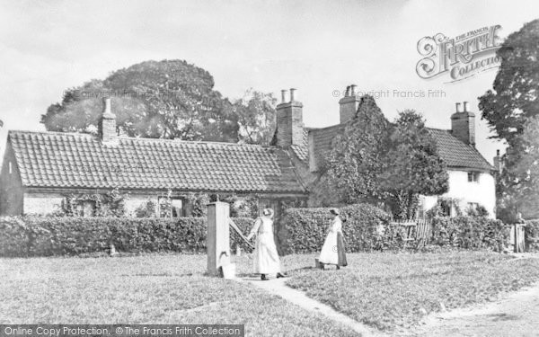 Photo of Lea, The Village Green And Pump c.1900