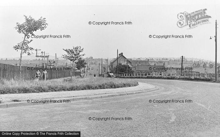 Photo of Leadgate, The Village c.1955
