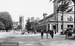 Leamington Spa, Royal Pump Room And All Saints Parish Church 1922
