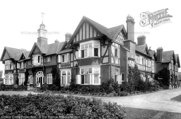 Photo of Leatherhead, Court 1904