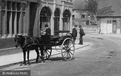 Leatherhead, Horse And Trap 1895