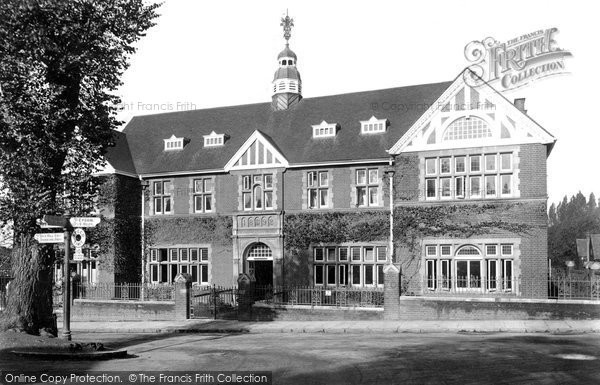 Photo of Leatherhead, Institute 1909